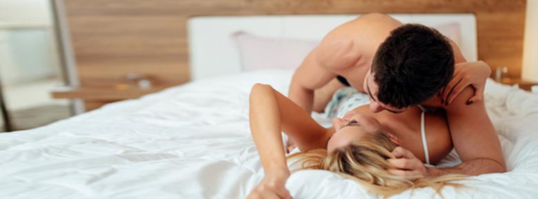 סקס גניחות תותה הכרויות